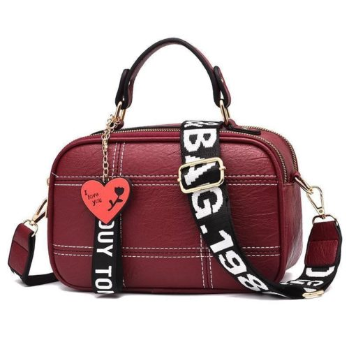 JT991650-red Tas Selempang Cantik Gantungan LOVE Import