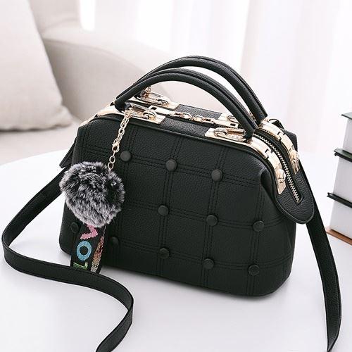 JT99663-black Doctor Bag Pom Pom Import Wanita Cantik