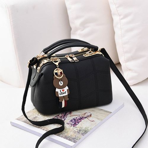 JT99870 IDR.180.000 MATERIAL PU SIZE L24.5XH15XW13CM WEIGHT 700GR COLOR BLACK