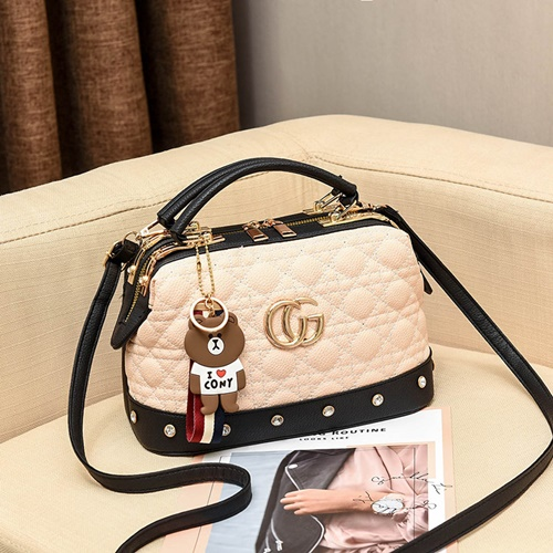 JT998728 IDR.180.000 MATERIAL PU SIZE L25XH16XW13CM WEIGHT 700GR COLOR BEIGE