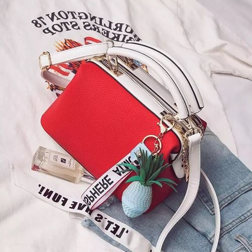 JT998746-red Doctor Bag Fashion Cantik Gantungan Lucu