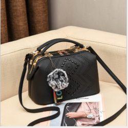 JT998747-black Doctor Bag Selempang Gantungan Pom Pom Import