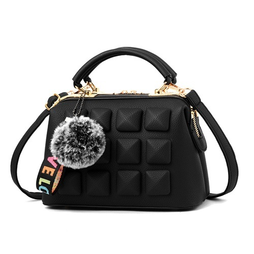 JT99879 IDR.180.000 MATERIAL PU SIZE L23XH16XW13CM WEIGHT 800GR COLOR BLACK