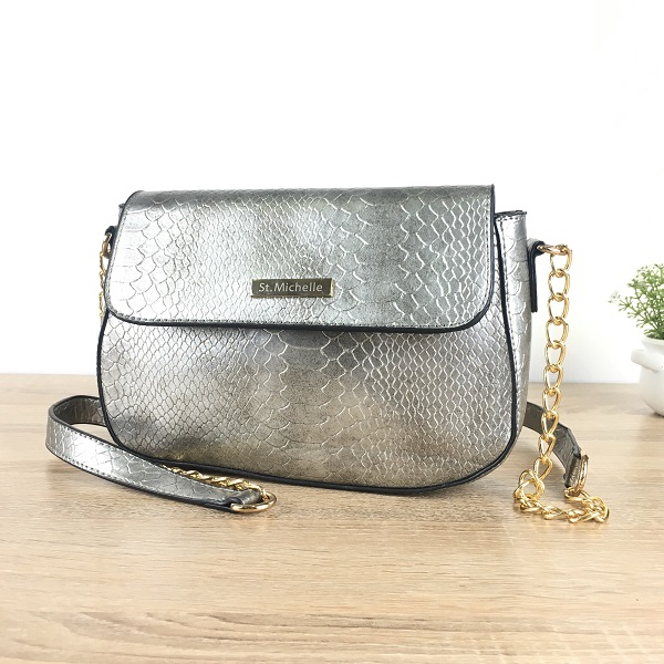 JTF003 IDR.70.000  MATERIAL PU SIZE L25XH15XW10CM WEIGHT 500GR COLOR SILVER
