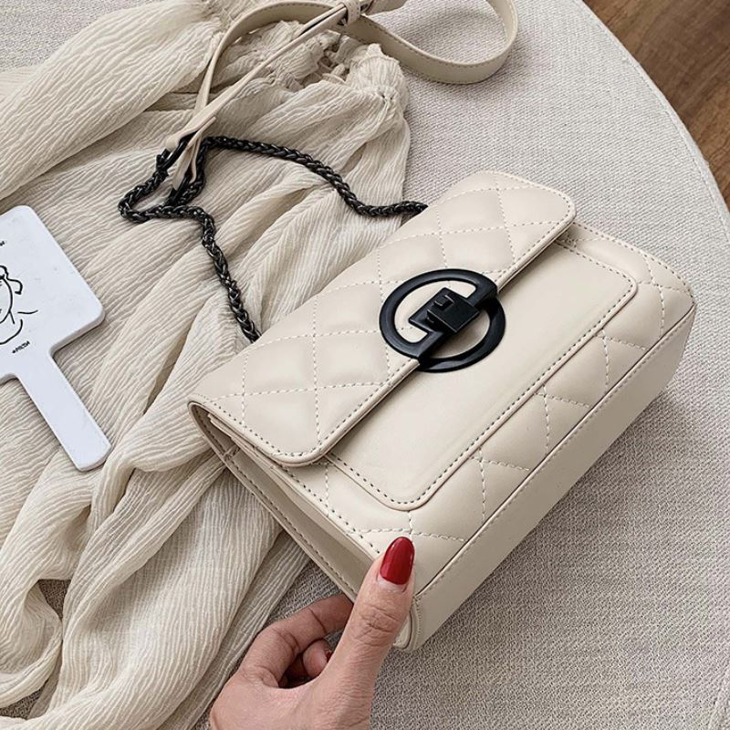 JTF00548 IDR.69.000 MATERIAL PU SIZE L20XH14XW8CM WEIGHT 460GR COLOR BEIGE