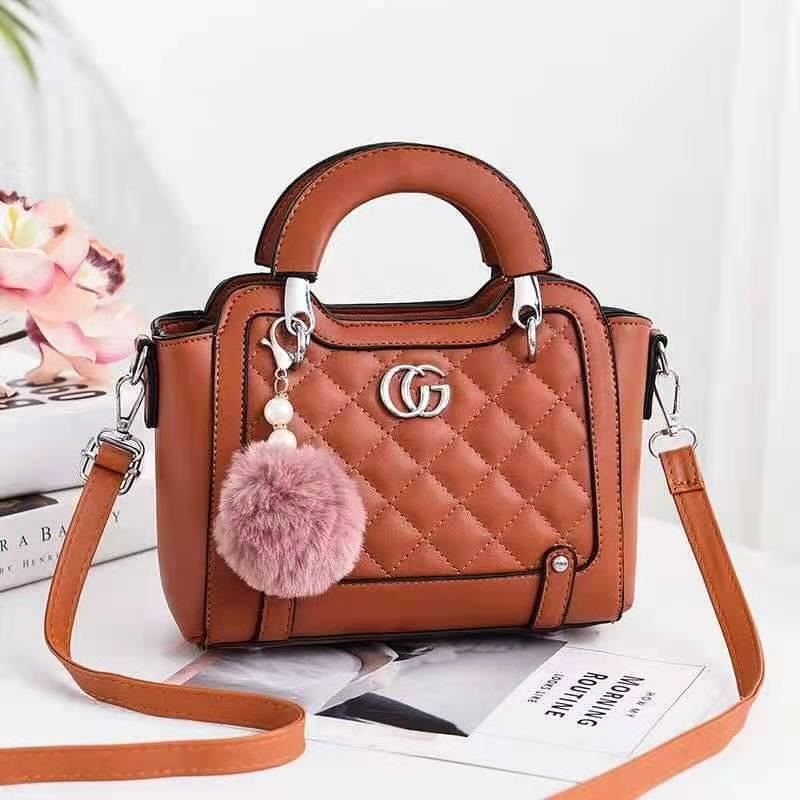 JTF0147 IDR.90.000 MATERIAL PU SIZE L23XH18XW11CM WEIGHT 700GR COLOR BROWN