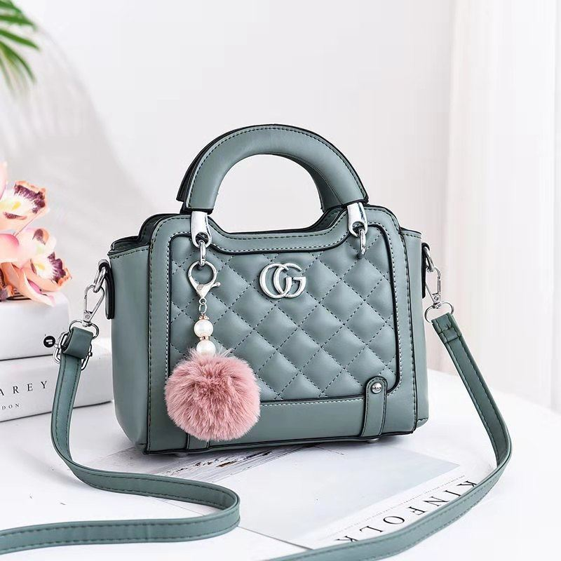 JTF0147 IDR.90.000 MATERIAL PU SIZE L23XH18XW11CM WEIGHT 700GR COLOR GREEN