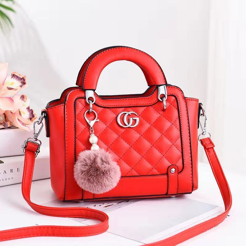 JTF0147 IDR.90.000 MATERIAL PU SIZE L23XH18XW11CM WEIGHT 700GR COLOR RED