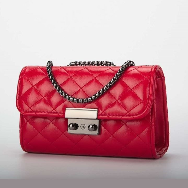 JTF0401 IDR.59.000 MATERIAL PU SIZE L19XH12X28CM WEIGHT 400GR COLOR RED