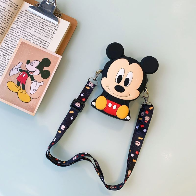 JTF04129 IDR.24.000 MATERIAL PVC SIZE L11XH8XW4CM WEIGHT 150GR COLOR MICKEY