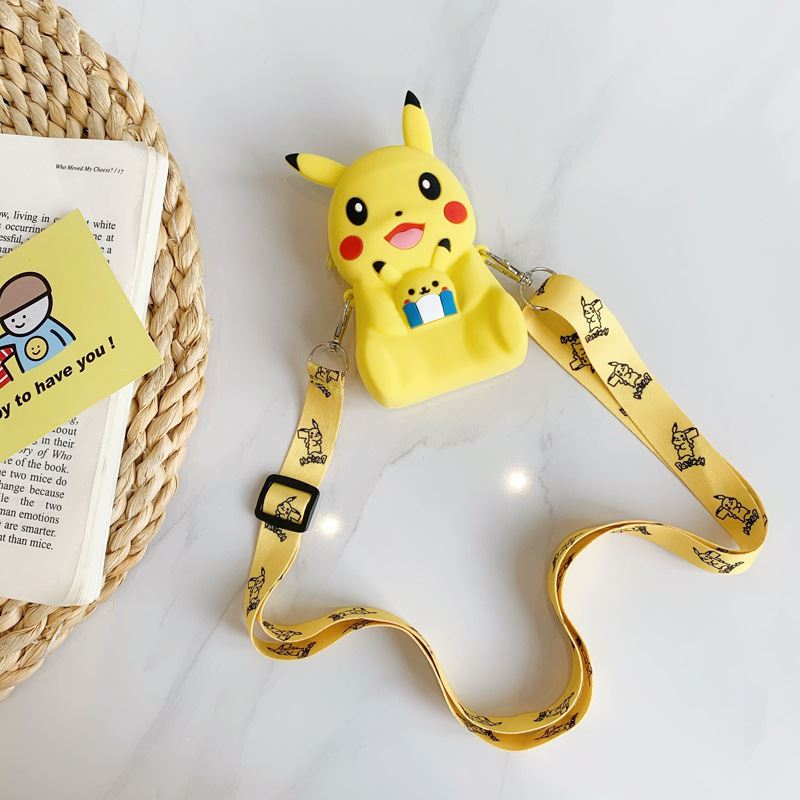 JTF04129 IDR.49.000 MATERIAL PVC SIZE L11XH8XW4CM WEIGHT 150GR COLOR PIKACHU