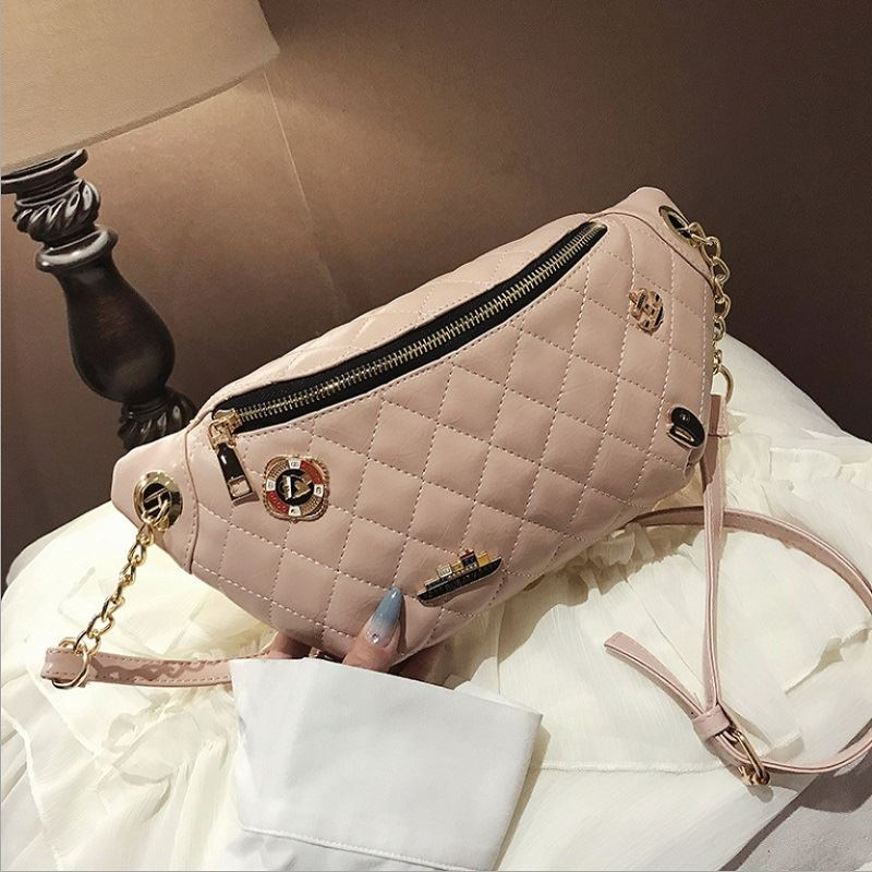 JTF06144 IDR.85.000 MATERIAL PU SIZE L28XH14XW5CM WEIGHT 350GR COLOR PINK