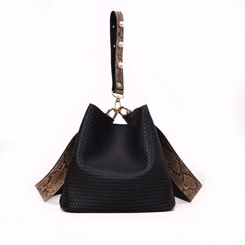 JTF10146 IDR.69.000 MATERIAL PU SIZE L22XH20XW14CM WEIGHT 500GR COLOR BLACK