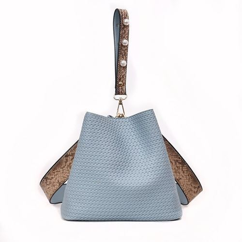 JTF10146 IDR.69.000 MATERIAL PU SIZE L22XH20XW14CM WEIGHT 500GR COLOR BLUE