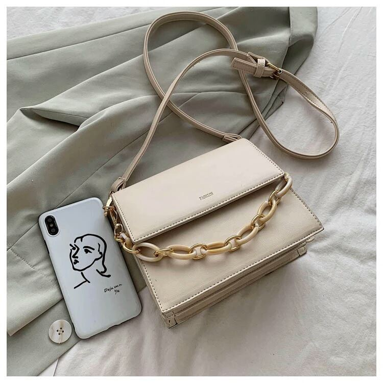 JTF1022 IDR.74.000 MATERIAL PU SIZE L20XH18XW8CM WEIGHT 600GR COLOR BEIGE