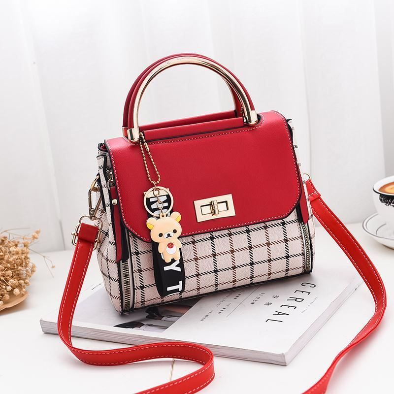 JTF1024 IDR.68.000 MATERIAL PU SIZE L20XH15XW11CM WEIGHT 600GR COLOR RED