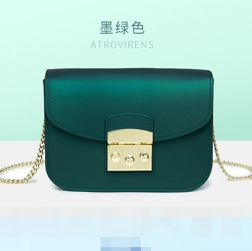 JTF1070 IDR.49.000 MATERIAL JELLY SIZE L18.5XH14XW8CM WEIGHT 450GR COLOR GREEN