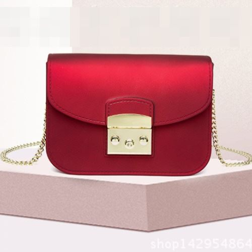 JTF1070 IDR.59.000 MATERIAL JELLY SIZE L18.5XH14XW8CM WEIGHT 630GR COLOR WINE