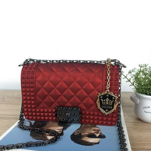 JTF1092SMALL IDR.85.000 MATERIAL JELLY SIZE L20XH12XW7CM WEIGHT 800GR COLOR WINE