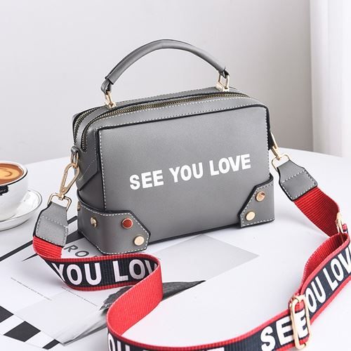 JTF1180 IDR.87.000 MATERIAL PU SIZE L23XH16XW10CM WEIGHT 650GR COLOR GRAY