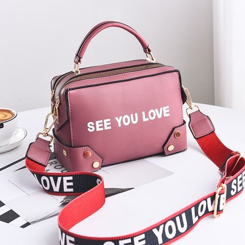 JTF1180 IDR.87.000 MATERIAL PU SIZE L23XH16XW10CM WEIGHT 650GR COLOR PINK