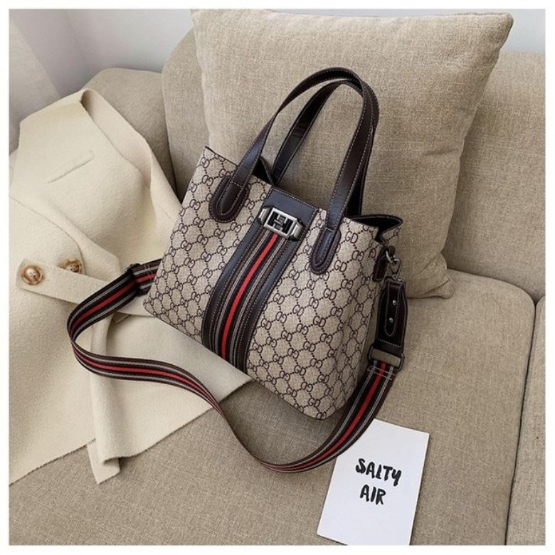 JTF1195 IDR.95.000 MATERIAL PU SIZE L30XH24XW13CM WEIGHT 650GR COLOR GD