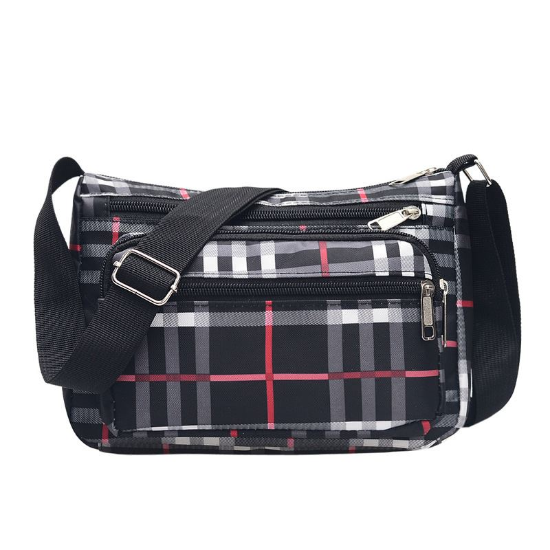 JTF150 IDR.40.000 MATERIAL NYLON SIZE L25XH17XW9CM WEIGHT 400GR COLOR BLACK