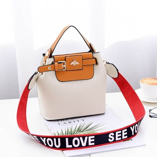 JTF18030 IDR.70.000 MATERIAL PU SIZE L18.5XH18.5X10.5CM WEIGHT 600GR COLOR WHITE