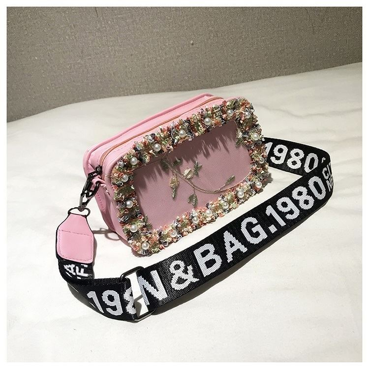 JTF18174 IDR.50.000 MATERIAL PU SIZE L20XH13XW7CM WEIGHT 300GR COLOR PINK