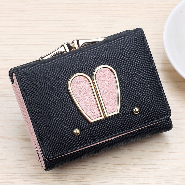 JTF188 IDR.40.000 MATERIAL PU SIZE L10.5XH8XW4CM WEIGHT 200GR COLOR BLACK