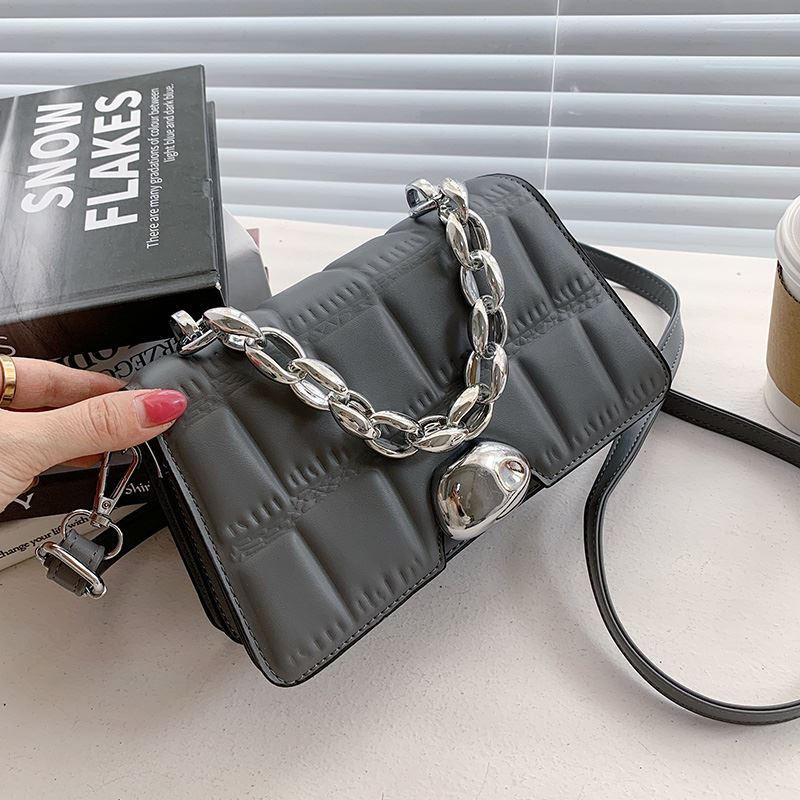 JTF2003 IDR.85.000 MATERIAL PU SIZE L21XH14XW6CM WEIGHT 450GR COLOR GRAY