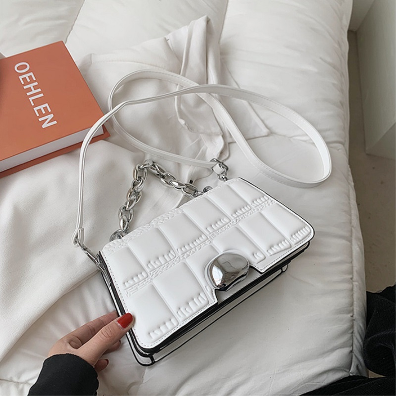JTF2003 IDR.85.000 MATERIAL PU SIZE L21XH14XW6CM WEIGHT 450GR COLOR WHITE