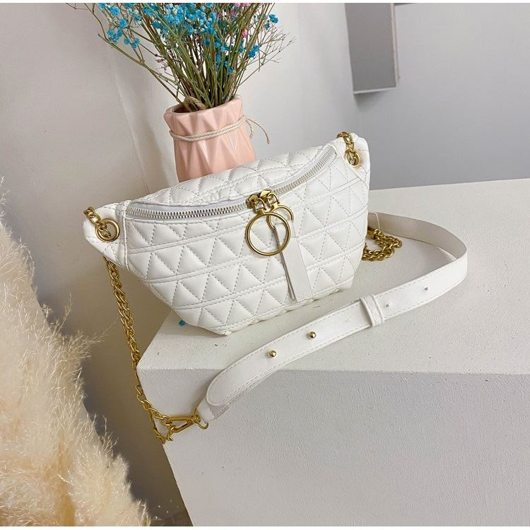 JTF2058 IDR.70.000 MATERIAL PU SIZE L28XH14XW6CM WEIGHT 300GR COLOR WHITE