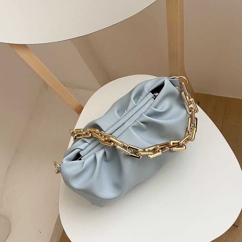 JTF2086 IDR.88.000 MATERIAL PU SIZE L29XH13XW8CM WEIGHT 380GR COLOR LIGHTBLUE