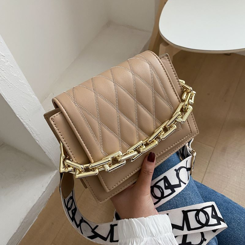 JTF2327 IDR.55.000 MATERIAL PU SIZE L19XH15XW7.5CM WEIGHT 400GR COLOR KHAKI