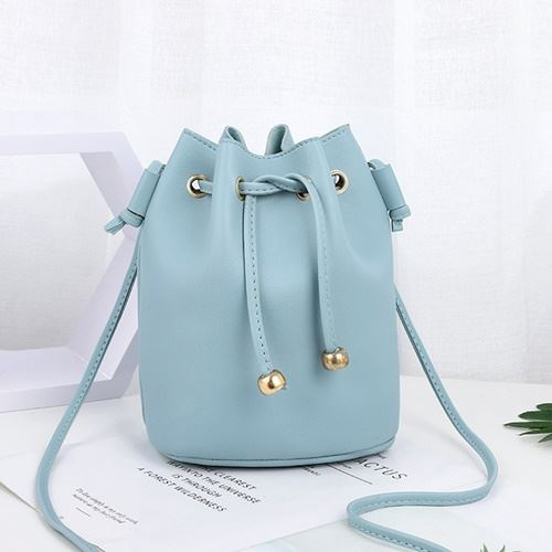 JTF2990 IDR.39.000 MATERIAL PU SIZE L18XH23X15CM WEIGHT 300GR COLOR BLUE