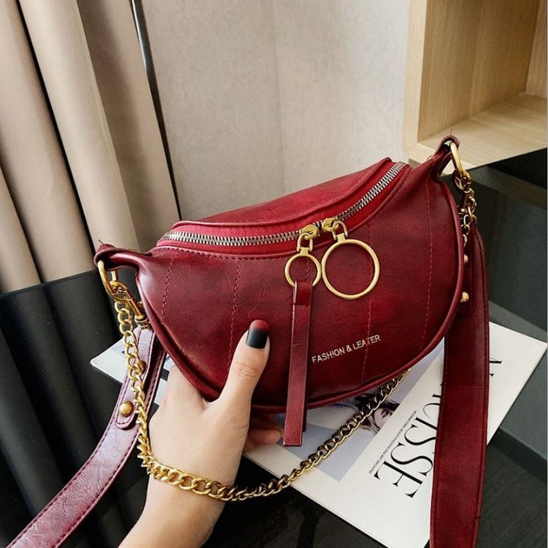 JTF30337 IDR.73.000 MATERIAL PU SIZE L15XH14XW6CM WEIGHT 350GR COLOR RED