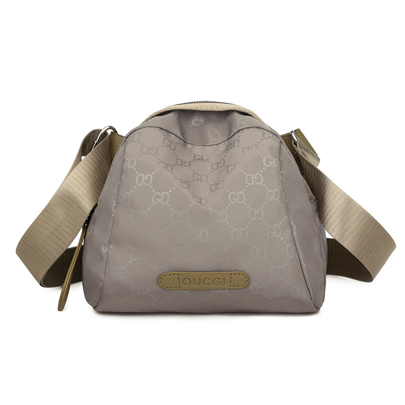 JTF31335 IDR.50.000 MATERIAL OXFORD SIZE L23XH18XW13CM WEIGHT 270GR COLOR KHAKI