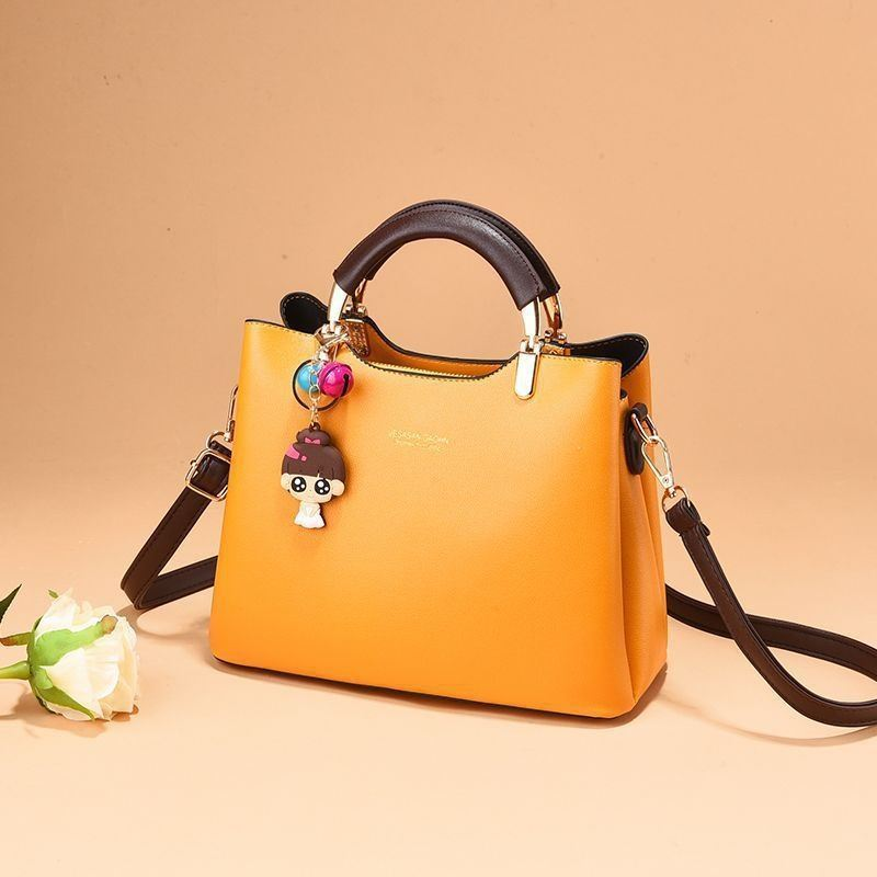 JTF328 IDR.95.000 MATERIAL PU SIZE L25XH20XW12CM WEIGHT 700GR COLOR YELLOW
