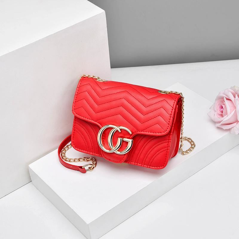 JTF33235 IDR.55.000 MATERIAL PU SIZE L20XH13XW7CM WEIGHT 400GR COLOR RED