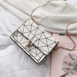 JTF3368-white Sling Bag Modis Tali Rantai Terbaru