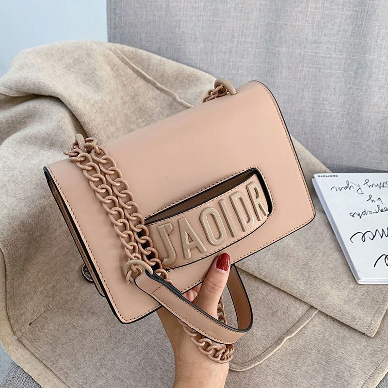 JTF3762 IDR.85.000 MATERIAL PU SIZE L22XH15XW8CM WEIGHT 510GR COLOR KHAKI