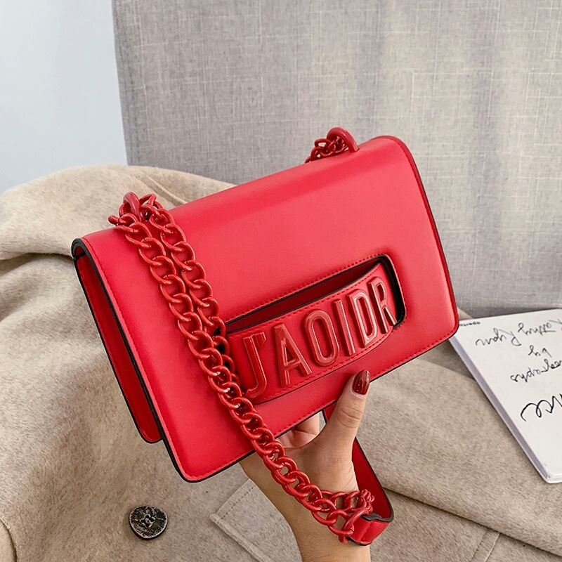 JTF3762 IDR.85.000 MATERIAL PU SIZE L22XH15XW8CM WEIGHT 510GR COLOR RED