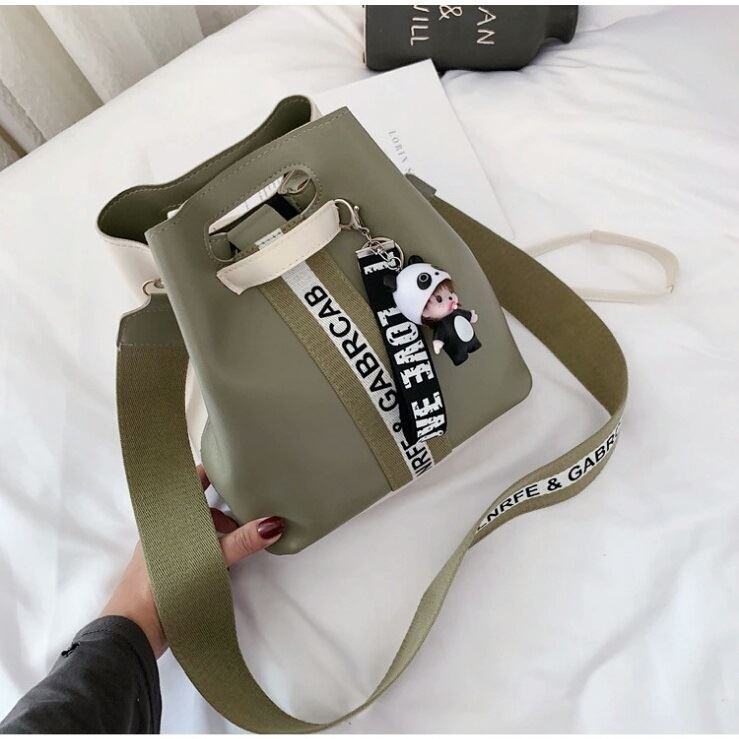 JTF46321 IDR.60.000 MATERIAL PU SIZE L24XH15XW24CM WEIGHT 450GR COLOR GREEN