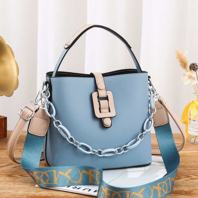 JTF6001 IDR.102.000 MATERIAL PU SIZE L23XH20XW11.5CM WEIGHT 600GR COLOR BLUE