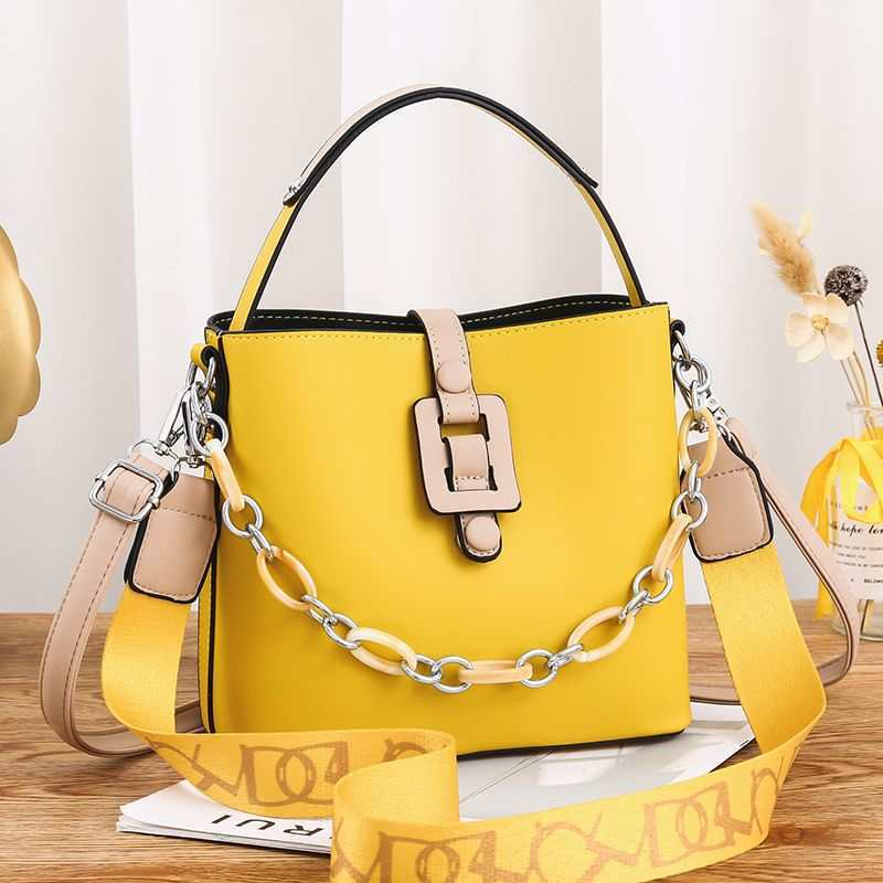JTF6001 IDR.102.000 MATERIAL PU SIZE L23XH20XW11.5CM WEIGHT 600GR COLOR YELLOW