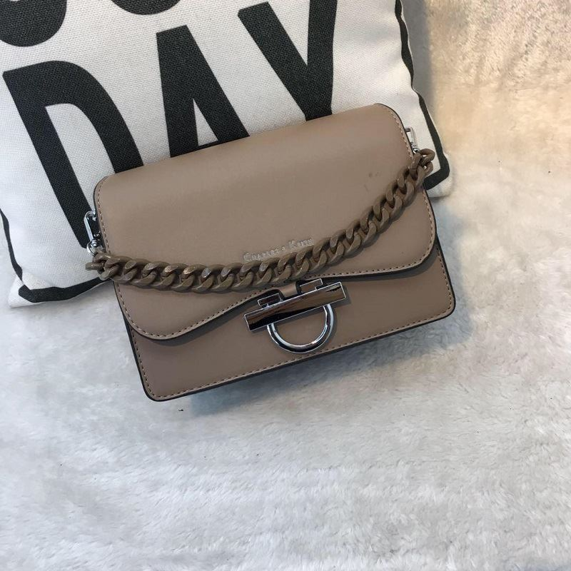 JTF61012 IDR.96.000 MATERIAL PU SIZE L20XH15XW7.5CMX8CM WEIGHT 700GR COLOR KHAKI