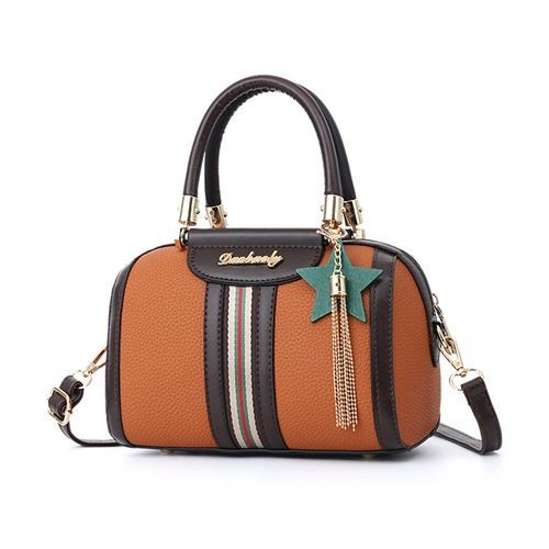 JTF617 IDR.75.000 MATERIAL PU SIZE L23XH16XW13CM WEIGHT 700GR COLOR BROWN