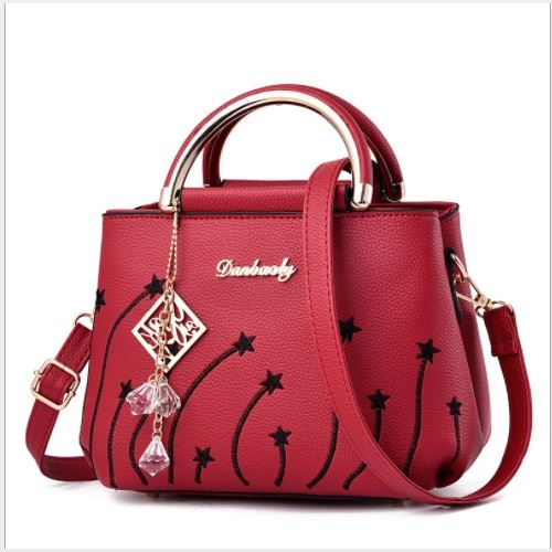 JTF6512 IDR.59.000 MATERIAL PU SIZE L22XH16XW12CM WEIGHT 650GR COLOR RED