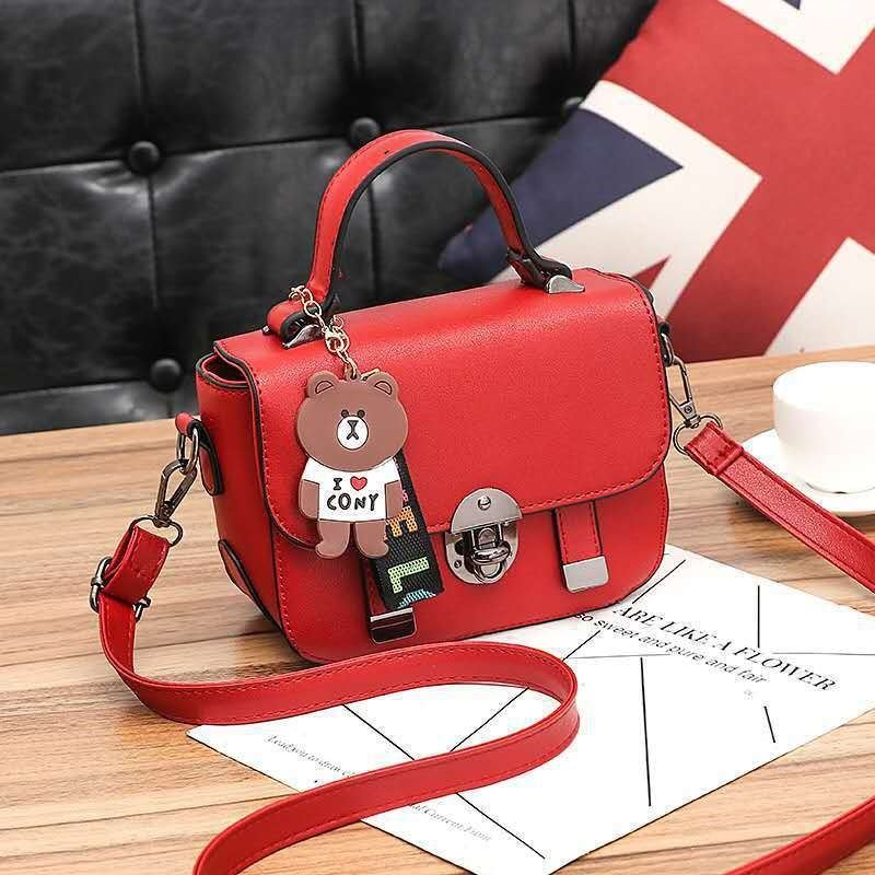 JTF6616 IDR.77.000 MATERIAL PU SIZE L20XH16XW9CM WEIGHT 550GR COLOR RED